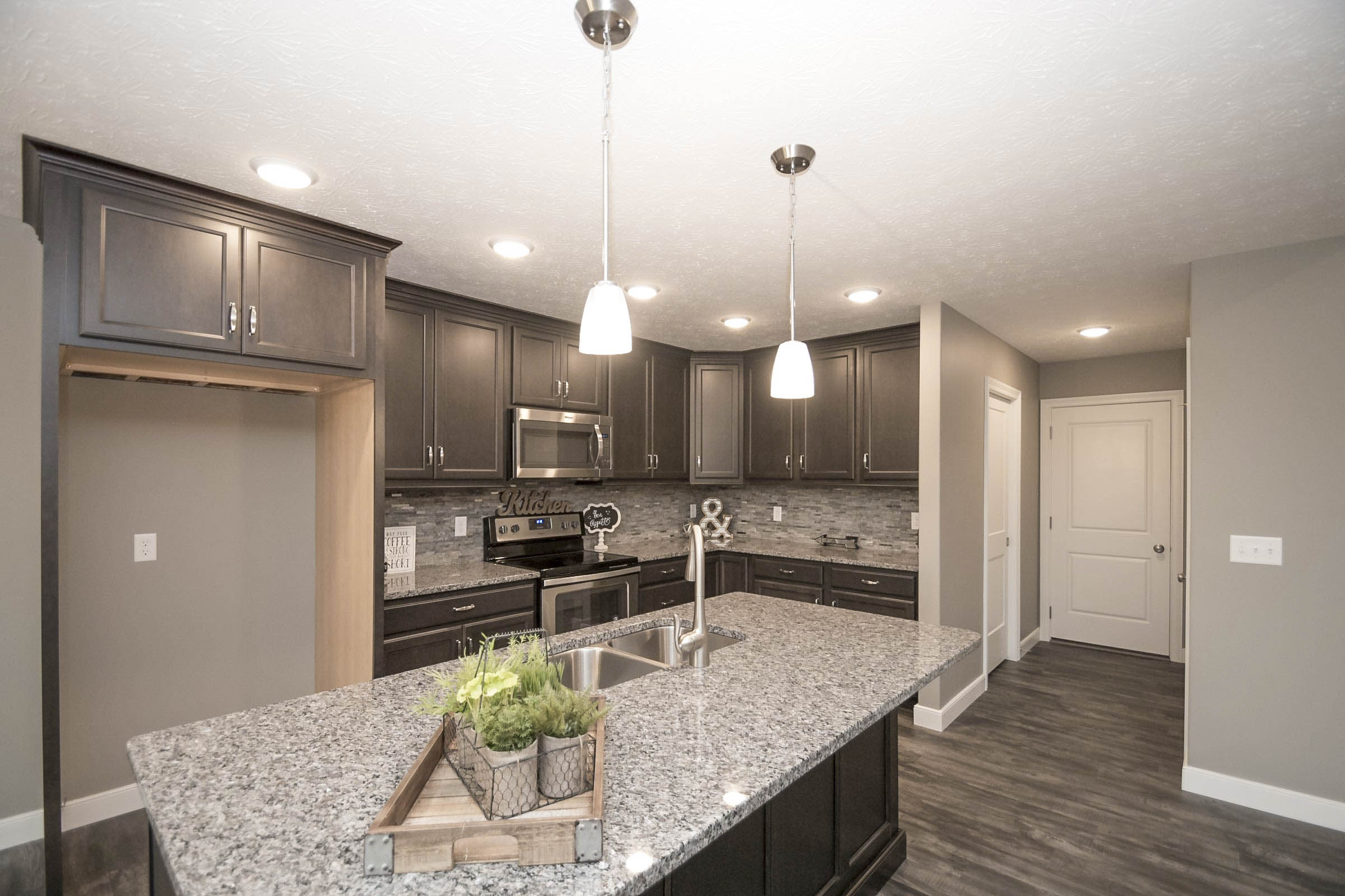 Granite Countertops, Full Overlay Cabinets With Soft Close Doors And  Drawers. Kitchen   Granite Countertops, Full Overlay Cabinets With Soft  Close Doors And ...