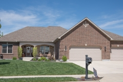 Custom built ranch all brick with Natural blend Tuscan Ridge stone built in Stonebridge (Troy)