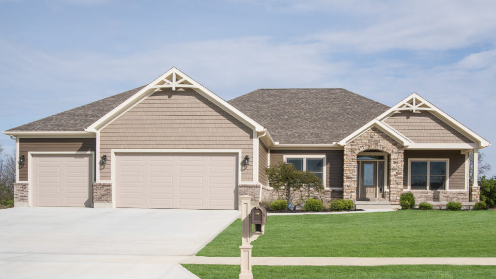 Allison model built in Brookville with Natural Blend Weather Ledge stone and Forterra Petoskey brick
