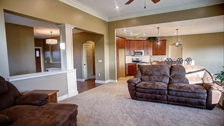 Great room of Edgebrook model